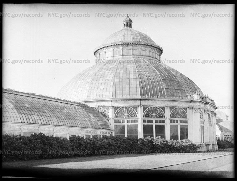 Main house - entrance and dome, Brooklyn Botanic Garden
