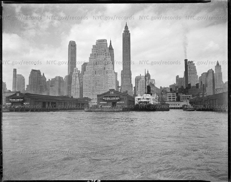 Lower Manhattan skyline From East River
