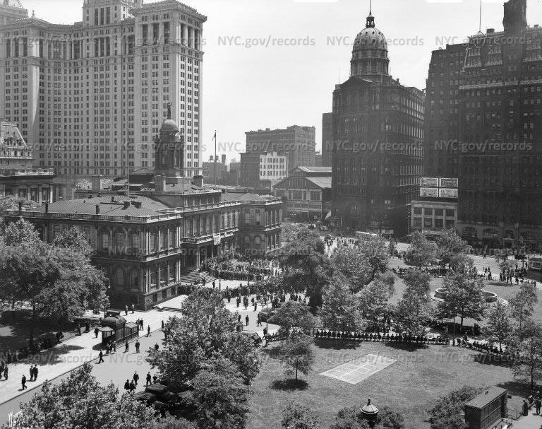 City Hall Exterior and Park, Manhattan