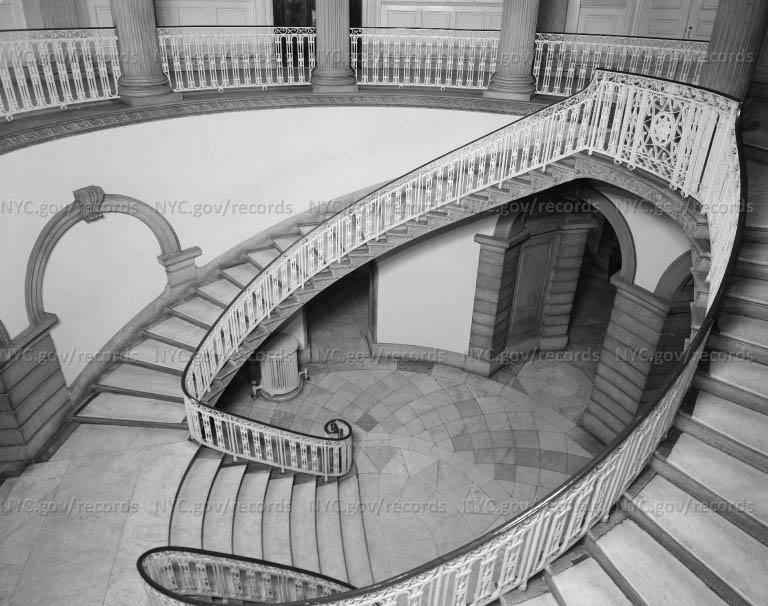 City Hall Stairway, Rotunda