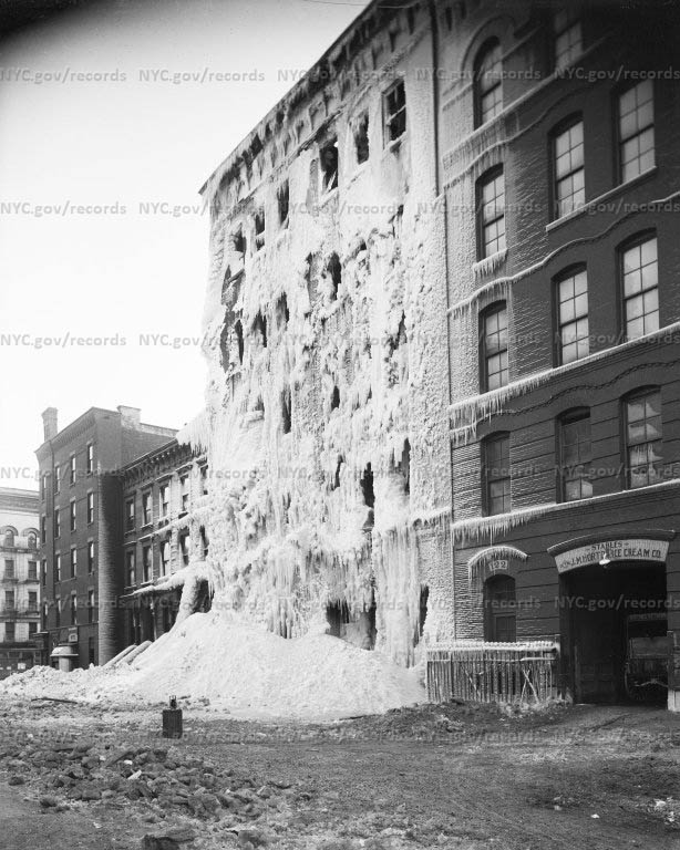 Fire at Excelsior Park Liberty Stable, 124 East 124th Street, 12/30/1917