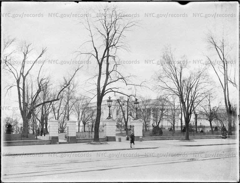 The White House from Pennsylvania Avenue