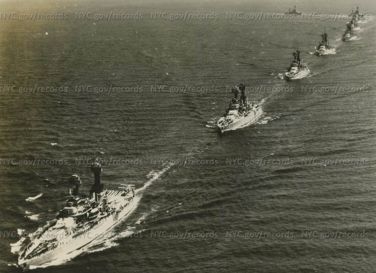 Naval ship maneuvers: Ships in a straight line