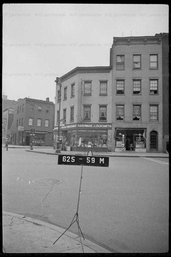 40 8 Avenue