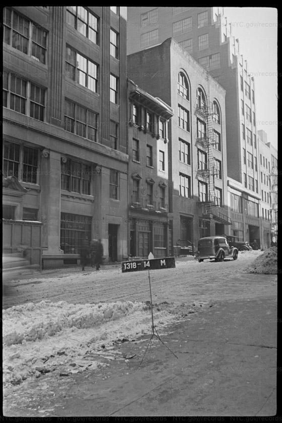 225 East 44 Street