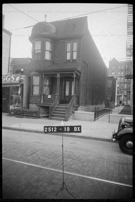 1046 Ogden Avenue