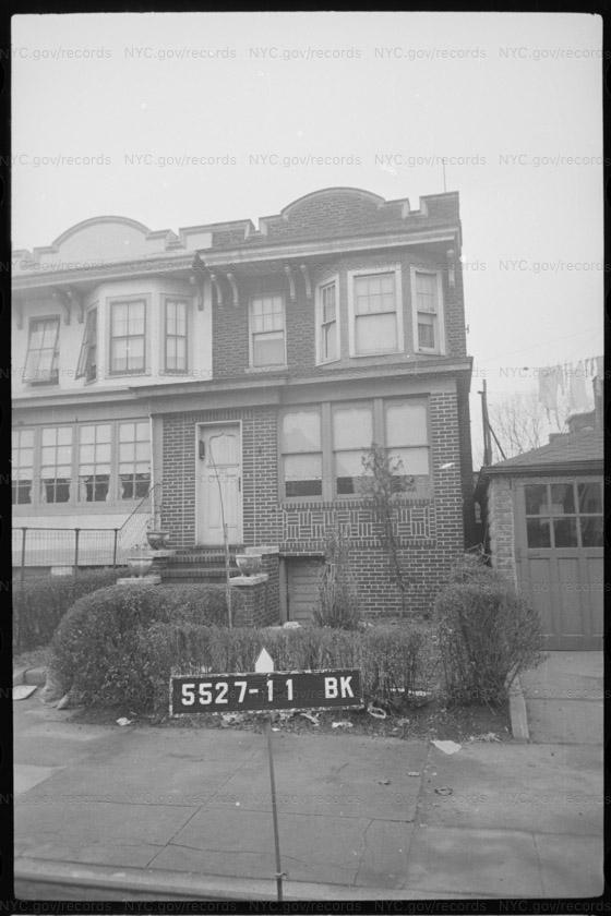 1912 61 Street
