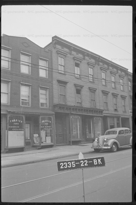 204-6 Bedford Avenue