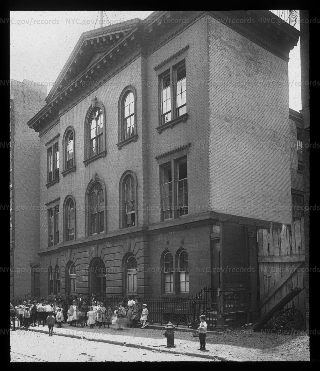 PS 114, Manhattan, old building: exterior