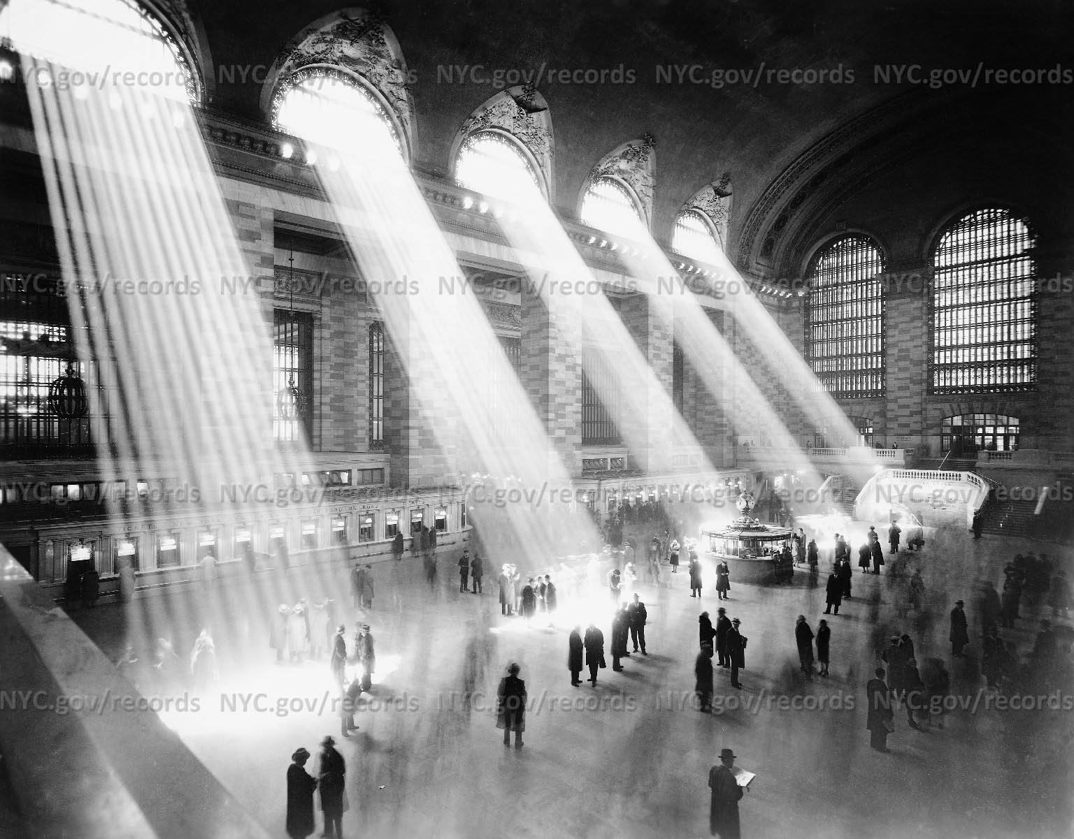 Vaulted main room of Grand Central Terminal, New York City
